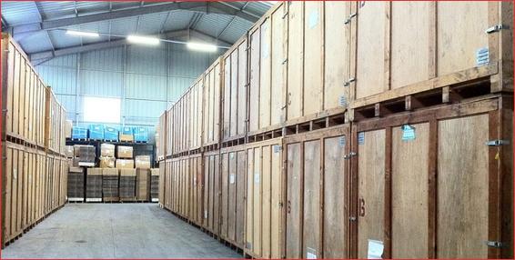 garde-meubles en caisse bois